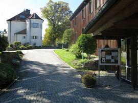 Lexikon Bild 055: Die Georg-von-Vollmar-Akademie in Kochel am See [Gemeinfei]